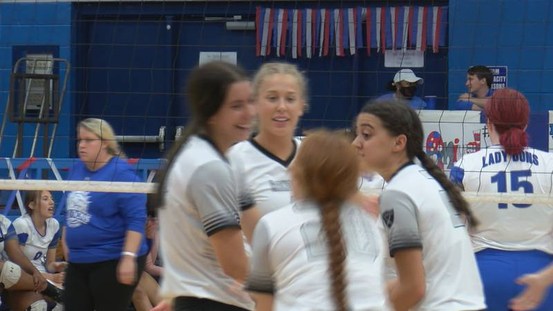 The Randall Lady Raiders sweep the Palo Duro Lady Dons in three sets (25-9, 25-16 and 25-5).