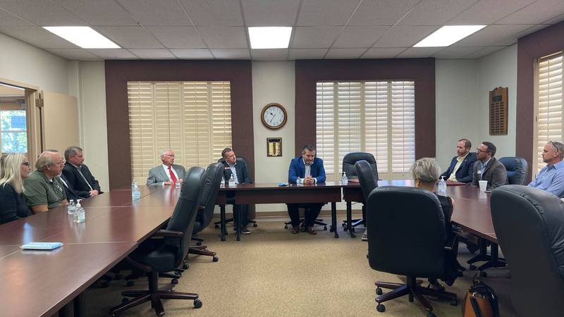 SEN. TED CRUZ HOLDS ROUNDTABLE DISCUSSION IN AMARILLO