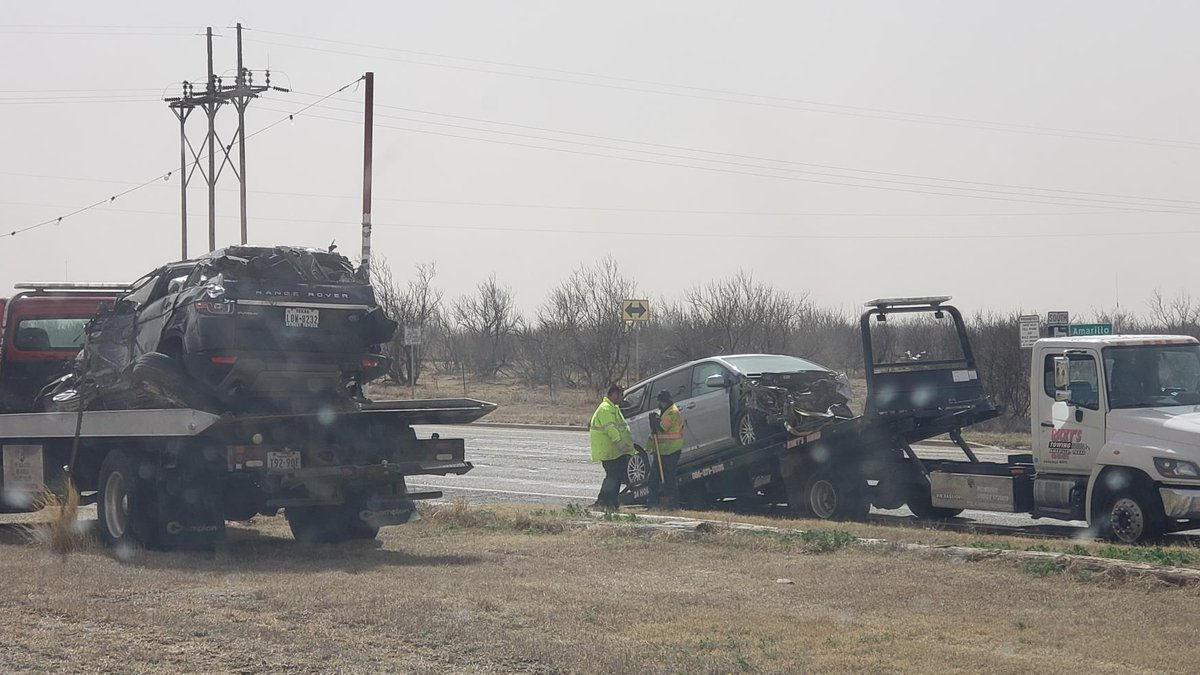 Traffic redirected after car wreck in Amarillo (Source: KFDA)