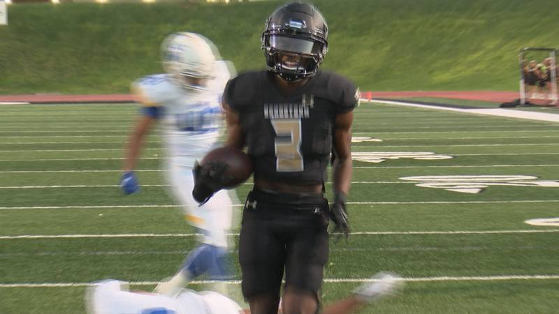 t'yreese Molden scores a touchdown on a pass from Brock Wade. Amarillo High proved doubters...
