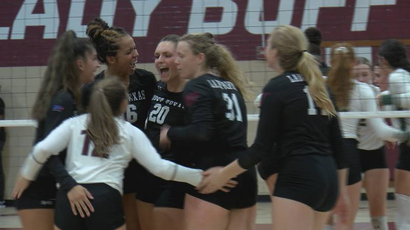 West Texas A&M moved to 10-2 (4-1 LSC) on the season after sweeping Eastern New Mexico on...