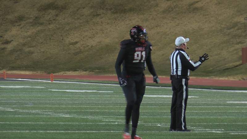 Tascosa Rebels' four-star defensive end, Avion Carter, iss ranked 94th in the country,...