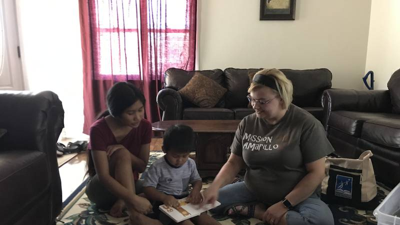 Refugee families take advantage of at-home readiness program