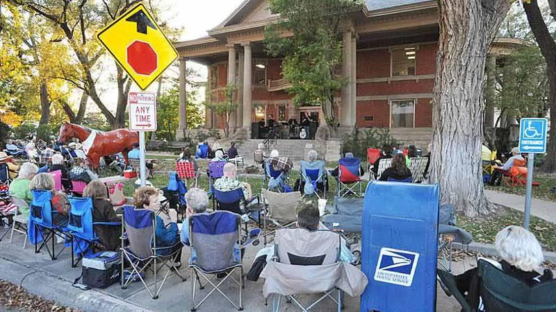 Dozens gather for Jazztober in 2015